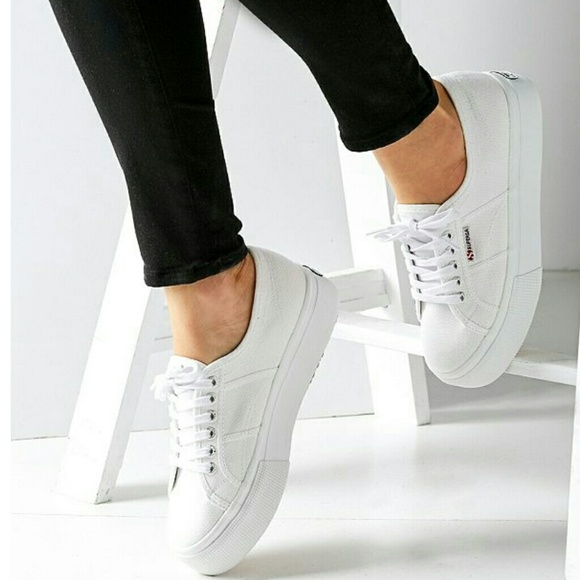 8af89531c89d Superga 2790 Linea Platform Sneaker. M 5a7f3399c9fcdf608650154a